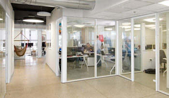 Systems & Modular Furniture Installations